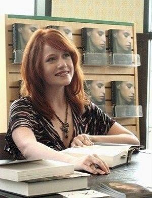Особенности темы «вампиры» в книгах Рейчел Мид