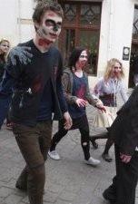 Как снимают фильмы про зомби